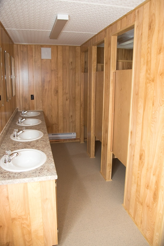 What Makes Washroom Trailers Better Than Portable Washrooms